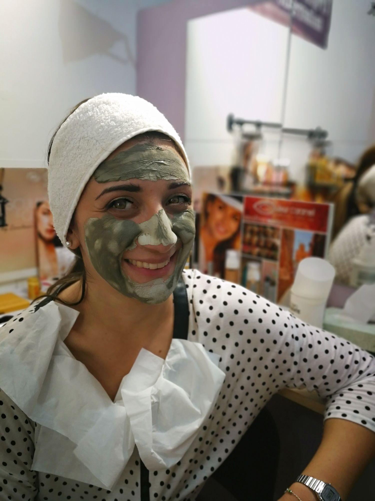 Pelle di porcellana - Dalla skin care al trucco viso